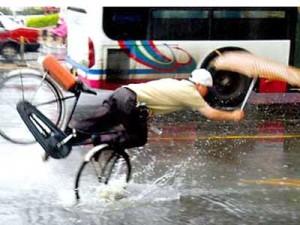 Ciclista pericoloso diventa ciclista rovinoso.